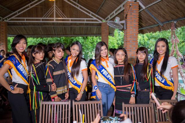 Hoa hậu Hữu nghị ASEAN: Dàn người đẹp hào hứng với trải nghiệm giao lưu văn hóa - Ảnh 3.