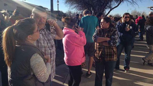 Mỹ: Xả súng ở trường học tại New Mexico, 3 người thiệt mạng - Ảnh 3.