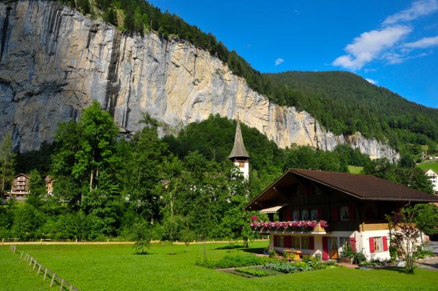 Mùa hè tuyệt đẹp trên dãy núi Alps - Ảnh 4.
