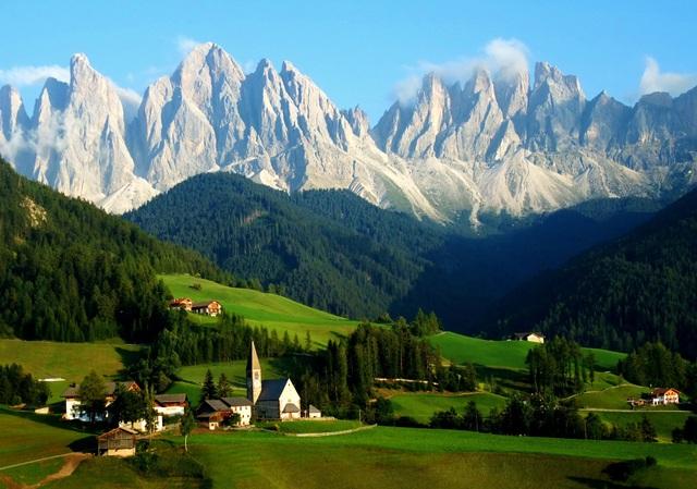 Mùa hè tuyệt đẹp trên dãy núi Alps - Ảnh 3.