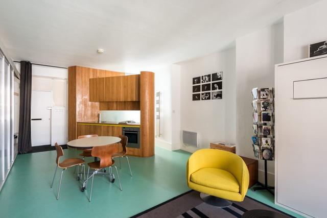 Cách bố trí không gian hợp lý trong căn hộ nhỏ nhiều góc cạnh - Ảnh 1.