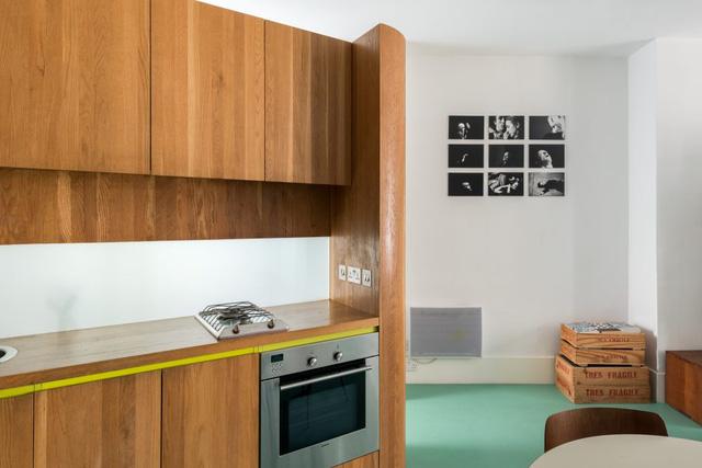 Cách bố trí không gian hợp lý trong căn hộ nhỏ nhiều góc cạnh - Ảnh 6.