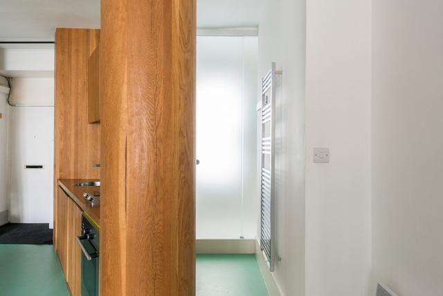 Cách bố trí không gian hợp lý trong căn hộ nhỏ nhiều góc cạnh - Ảnh 7.