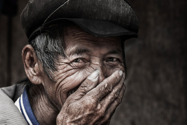 Nụ cười Việt Nam qua ống kính của nhiếp ảnh gia người Pháp - Ảnh 5.