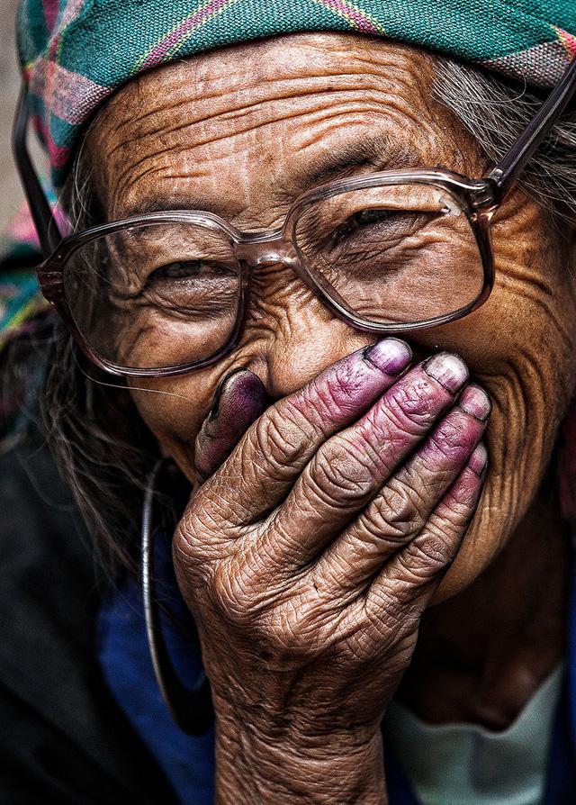 Nụ cười Việt Nam qua ống kính của nhiếp ảnh gia người Pháp - Ảnh 2.