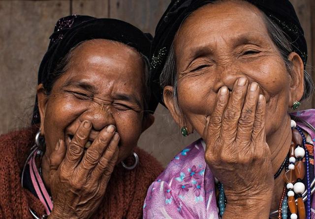 Nụ cười Việt Nam qua ống kính của nhiếp ảnh gia người Pháp - Ảnh 4.