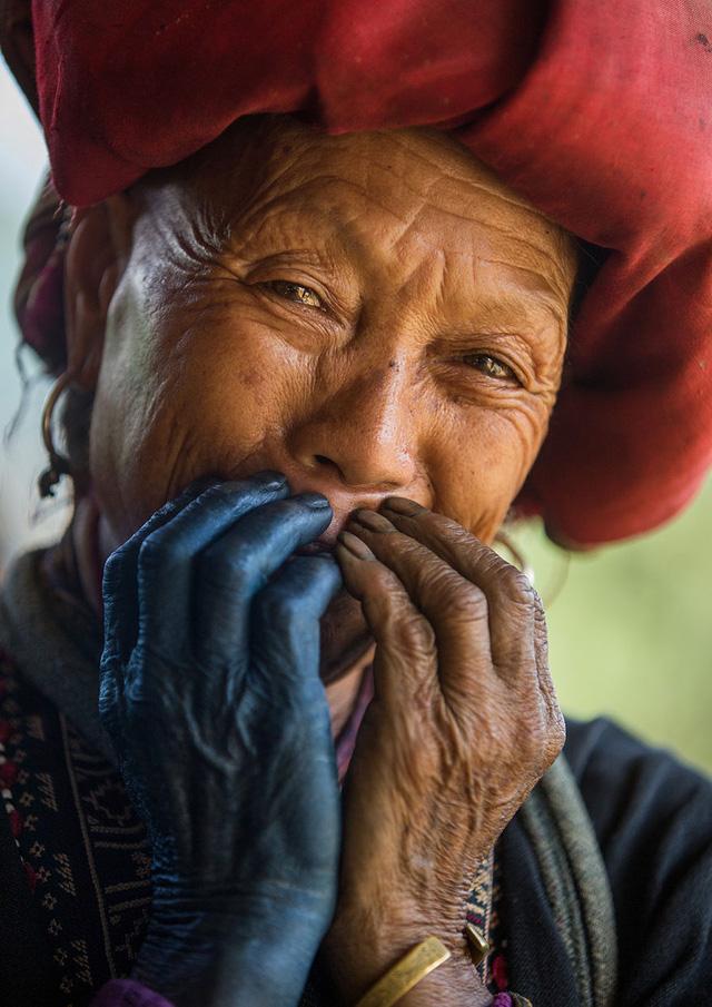 Nụ cười Việt Nam qua ống kính của nhiếp ảnh gia người Pháp - Ảnh 1.