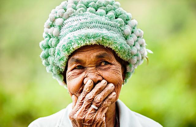 Nụ cười Việt Nam qua ống kính của nhiếp ảnh gia người Pháp - Ảnh 8.