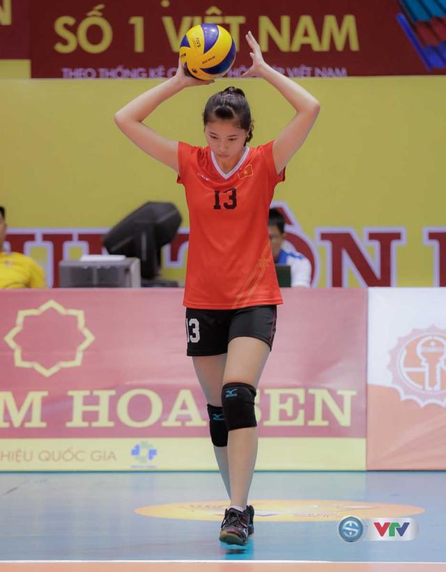 VTV Cup Tôn Hoa Sen 2017: Những bóng hồng vạn người mê trên sân đấu VTV Cup - Ảnh 12.