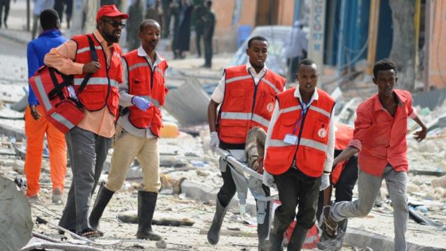 Somalia: Tấn công khách sạn ở Thủ đô Mogadishu, ít nhất 13 người thiệt mạng - Ảnh 4.