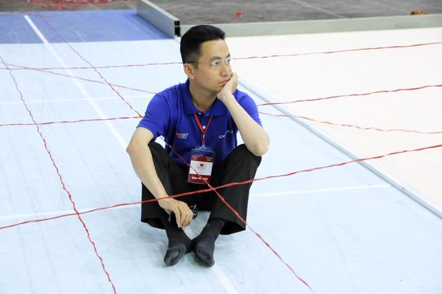 Những hình ảnh hậu trường hiếm người biết tại vòng loại Robocon Việt Nam 2017 - Ảnh 13.