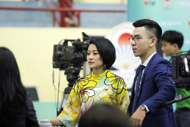 Những hình ảnh hậu trường hiếm người biết tại vòng loại Robocon Việt Nam 2017 - Ảnh 11.