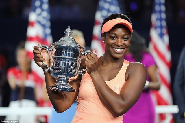 Sloane Stephens lần đầu tiên giành chức vô địch Mỹ mở rộng - Ảnh 3.