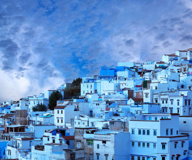 Cửa Vạn ở Hạ Long lọt top 22 thị trấn, ngôi làng có khung cảnh đẹp như mơ - Ảnh 5.