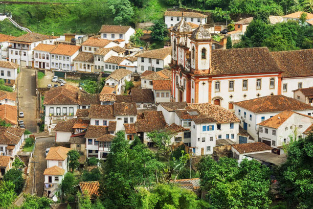 Cửa Vạn ở Hạ Long lọt top 22 thị trấn, ngôi làng có khung cảnh đẹp như mơ - Ảnh 15.