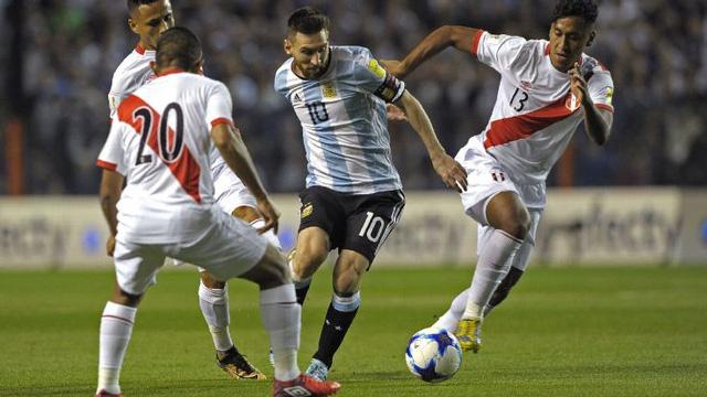 Hòa Peru, Argentina nguy cơ lớn không được dự World Cup 2018 - Ảnh 1.
