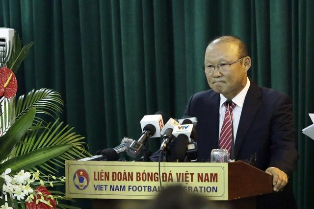Ông Park Hang Seo chính thức trở thành tân HLV trưởng ĐT Việt Nam và U23 Việt Nam - Ảnh 2.