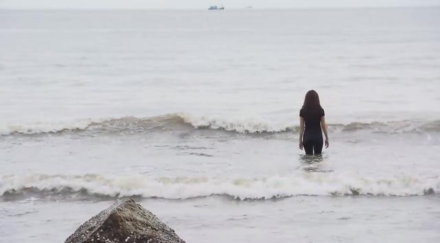 Ghét thì yêu thôi - Tập 9: Du lao ra biển cứu Kim tự tử - Ảnh 4.