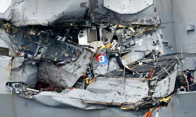 Tìm thấy thi thể các binh sĩ Mỹ trong vụ va chạm tàu khu trục - Ảnh 1.