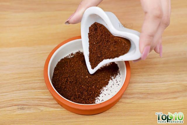 Công thức tẩy tế bào chết từ bột cà phê cho làn da trắng mịn - Ảnh 1.