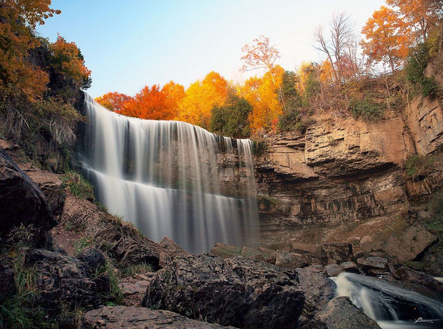 Ngắm thiên đường thác nước ảo diệu tại Hamilton - Ảnh 1.