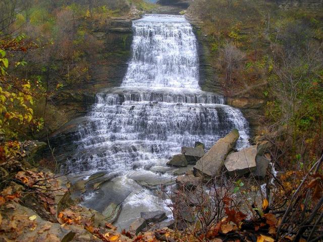 Ngắm thiên đường thác nước ảo diệu tại Hamilton - Ảnh 2.