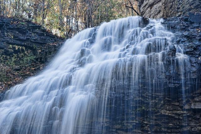 Ngắm thiên đường thác nước ảo diệu tại Hamilton - Ảnh 6.