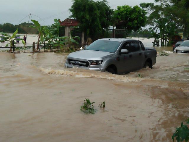 Thanh Hóa: Ít nhất 5 người chết, 3 người bị mất tích do mưa lũ - Ảnh 1.