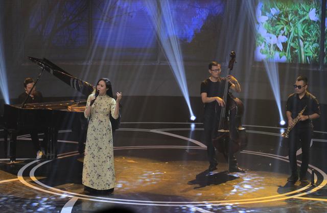 Giai điệu tự hào: Đinh Mạnh Ninh nồng nàn với Chín bậc tình yêu - Ảnh 2.