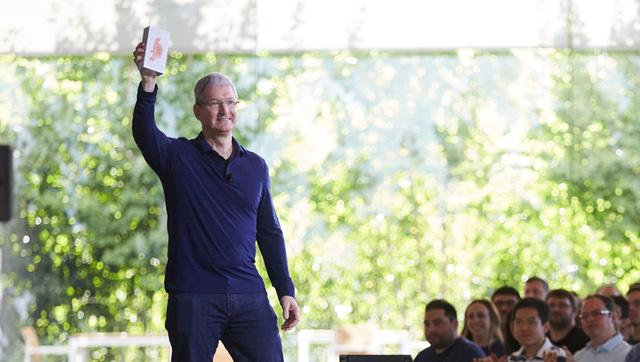 iPhone X phá vỡ mọi luật lệ của kinh tế học - Ảnh 1.
