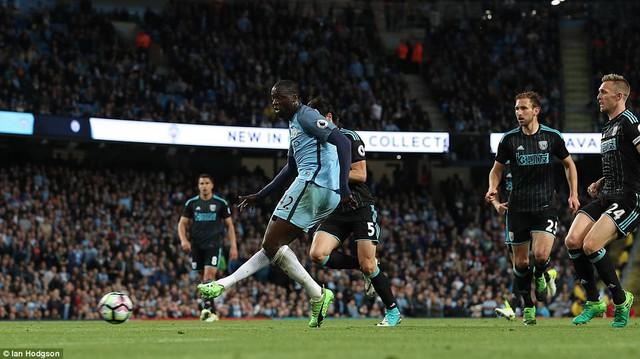 Đá bù vòng 34 giải Ngoại Hạng Anh: Man City dễ dàng vượt qua West Brom - Ảnh 3.