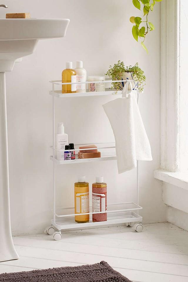Những vật dụng giúp tiết kiệm không gian trong phòng tắm nhỏ - Ảnh 12.