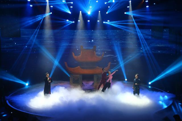 Giai điệu tự hào: Trọng Tấn và Tùng Dương đưa Tiếng đàn bầu gắn với Quê nhà - Ảnh 1.