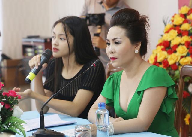 Thí sinh Hoa hậu Hữu nghị ASEAN hướng đến hình ảnh phụ nữ Đông Nam Á thời kỳ hội nhập - Ảnh 2.