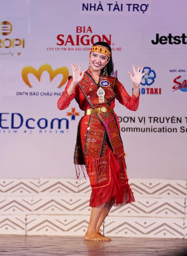 Ấn tượng trước tài năng của thí sinh Hoa hậu Hữu nghị ASEAN - Ảnh 2.