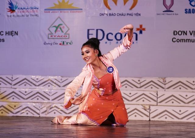 Ấn tượng trước tài năng của thí sinh Hoa hậu Hữu nghị ASEAN - Ảnh 17.