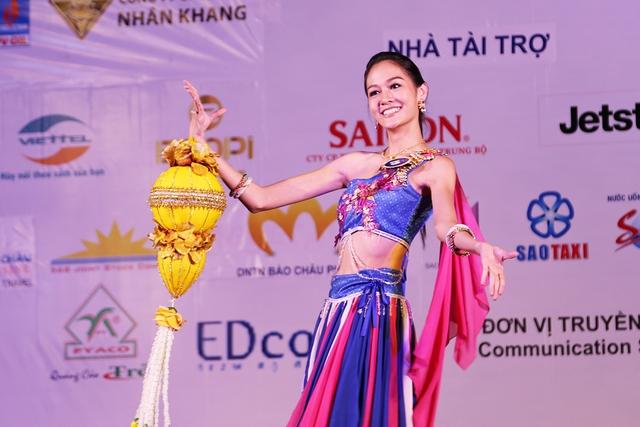 Ấn tượng trước tài năng của thí sinh Hoa hậu Hữu nghị ASEAN - Ảnh 21.