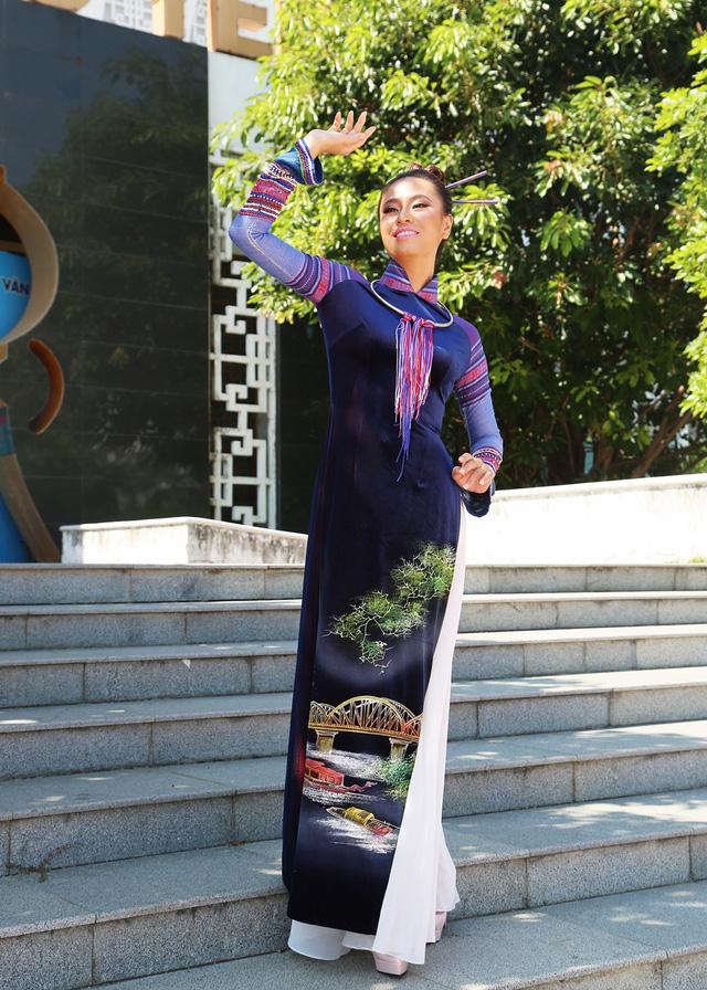 Dàn thí sinh Hoa hậu Hữu nghị ASEAN duyên dáng với áo dài thướt tha - Ảnh 15.
