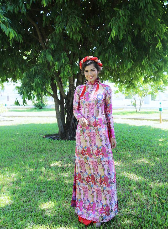 Dàn thí sinh Hoa hậu Hữu nghị ASEAN duyên dáng với áo dài thướt tha - Ảnh 4.