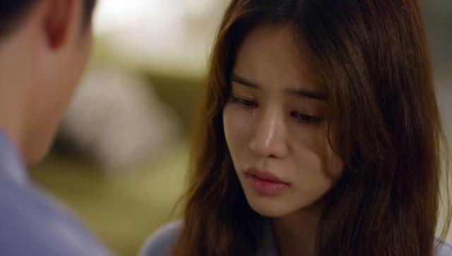 Tuổi thanh xuân 2 - Tập 32: Tràn ngập khoảnh khắc ngọt ngào giữa Junsu (Kang Tae Oh) và Linh (Nhã Phương), Phong (Mạnh Trường) vẫn ôm trái tim bên lề - Ảnh 3.