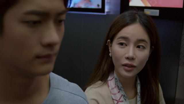 Tuổi thanh xuân 2 - Tập 32: Tràn ngập khoảnh khắc ngọt ngào giữa Junsu (Kang Tae Oh) và Linh (Nhã Phương), Phong (Mạnh Trường) vẫn ôm trái tim bên lề - Ảnh 5.