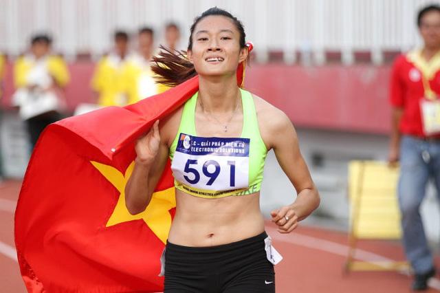 10 gương mặt trẻ Việt Nam tiêu biểu năm 2017: Vinh dự dành cho Lê Tú Chinh - Ảnh 2.