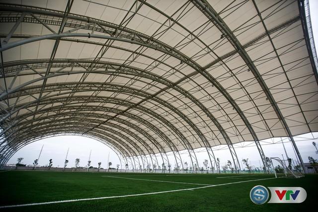 ẢNH: Cận cảnh Trung tâm đào tạo bóng đá trẻ PVF của tân Giám đốc Ryan Giggs - Ảnh 13.