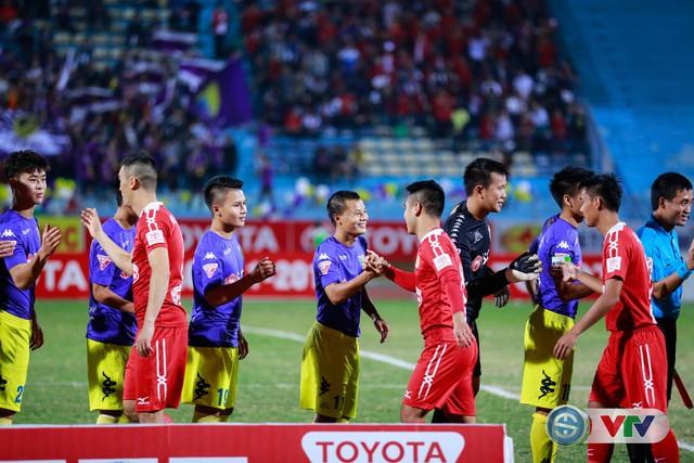 ẢNH: CLB Hà Nội chiếm ngôi đầu bảng giải VĐQG V.League 2017 - Ảnh 3.
