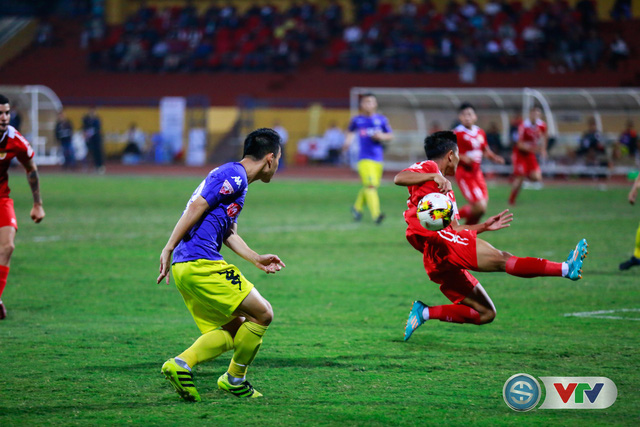 ẢNH: CLB Hà Nội chiếm ngôi đầu bảng giải VĐQG V.League 2017 - Ảnh 10.