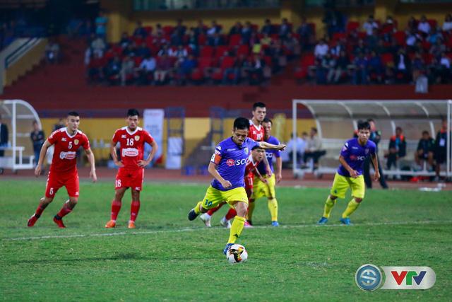 ẢNH: CLB Hà Nội chiếm ngôi đầu bảng giải VĐQG V.League 2017 - Ảnh 12.