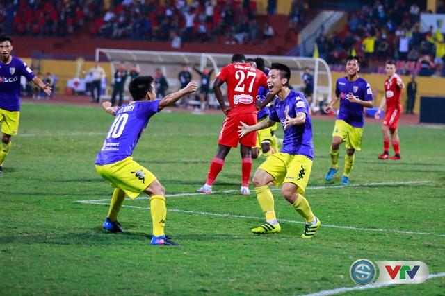 ẢNH: CLB Hà Nội chiếm ngôi đầu bảng giải VĐQG V.League 2017 - Ảnh 14.