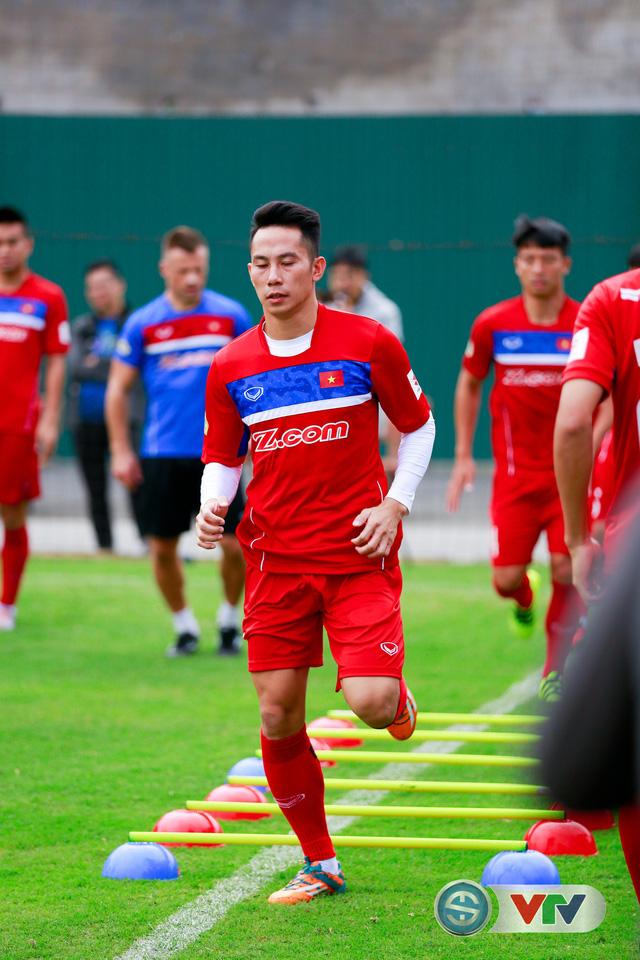 ẢNH: ĐT Việt Nam tích cực luyện tập chờ ngày tái đấu ĐT Afghanistan - Ảnh 3.