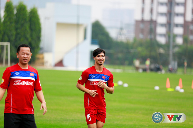 ẢNH: ĐT Việt Nam tích cực luyện tập chờ ngày tái đấu ĐT Afghanistan - Ảnh 8.