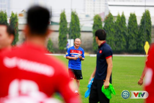 ẢNH: ĐT Việt Nam tích cực luyện tập chờ ngày tái đấu ĐT Afghanistan - Ảnh 6.